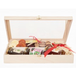 Classic Rosh Hashanah Chocolate and Honey Gift Set